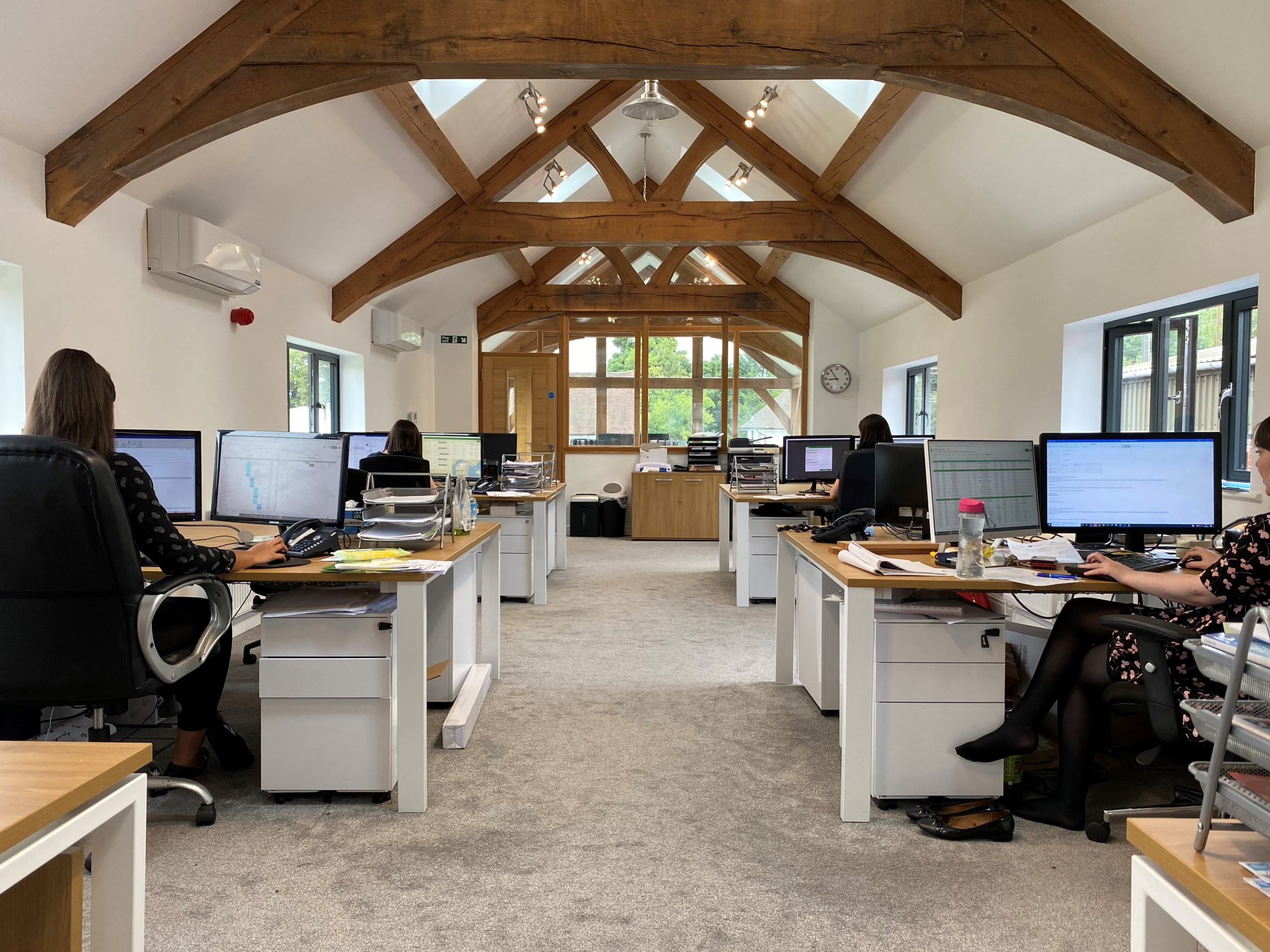 OakHouse Professional - Virtual assistant and admin support Call management